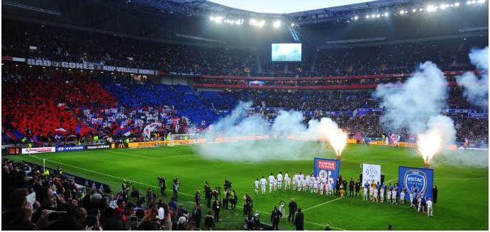 Le stade des Lumières fait partie de ses stades nouvellement construits qui accueilleront l'Euro 2016